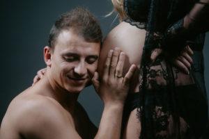 La sesión de fotos vintage de embarazo de Carla de Muxía