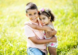 Un paseo por el campo con Tiago y Emilia