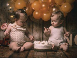 La sesión de Smash Cake en Muxía de Adriana y Marco