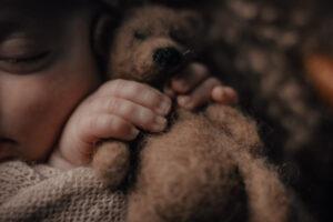 La sesión de recién nacido en Muxía de Thiago